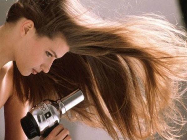 Tổng hợp kinh nghiệm chăm sóc tóc vào mùa đông