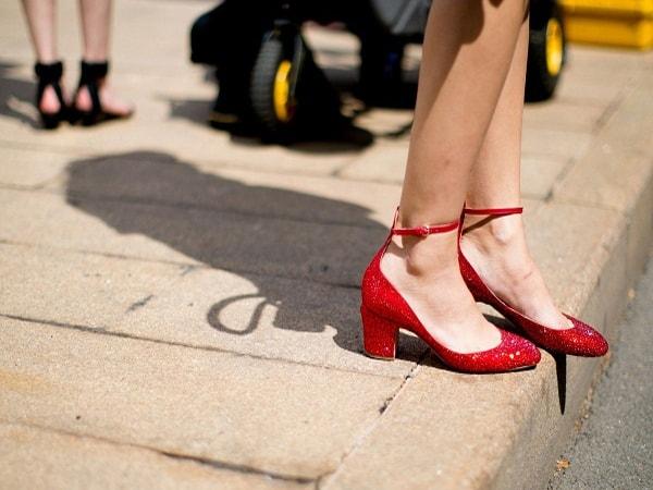 Những bí quyết giúp bạn giữ giày luôn mới và bền lâu