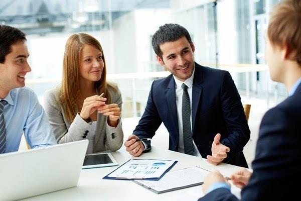 23 tuổi tốt nghiệp ngành Kinh tế- Tài chính nên chọn nghề tài chính- kế toán