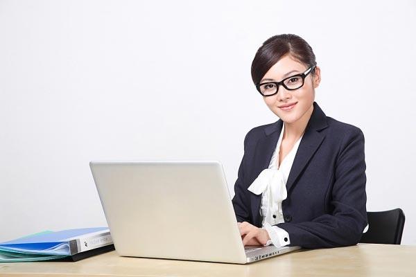 23 tuổi tốt nghiệp ngành Kinh tế- Tài chính nên chọn nghề Marketing