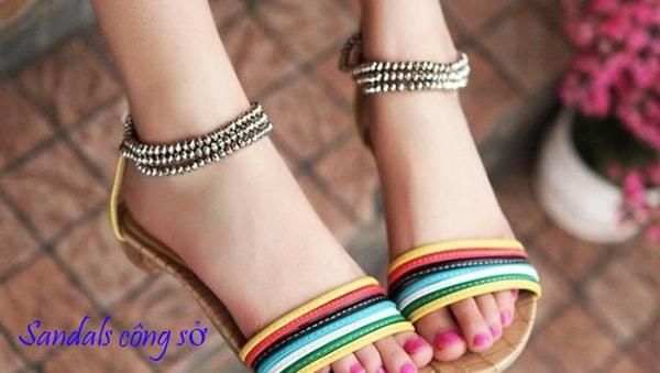Bí quyết thứ tư: Tinh tế trong cách chọn giày dép