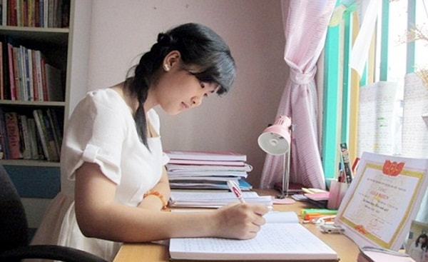 Học sinh cần tự giác học