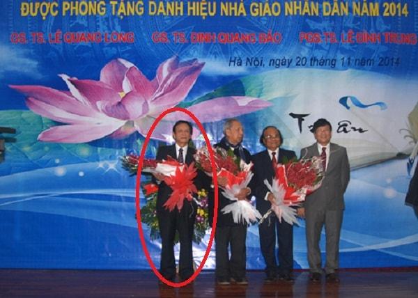 Thầy Lê Đình Trung được phong tặng nhà giáo nhân dân