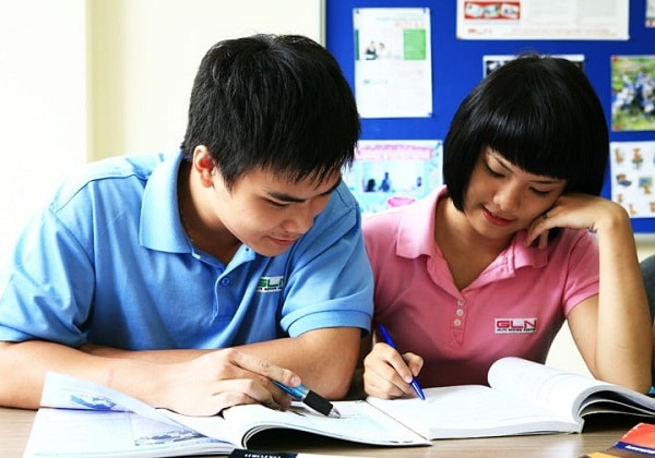 Các em học cuối cấp thường tiếp thu kiến thức khá nhanh, tư duy tốt