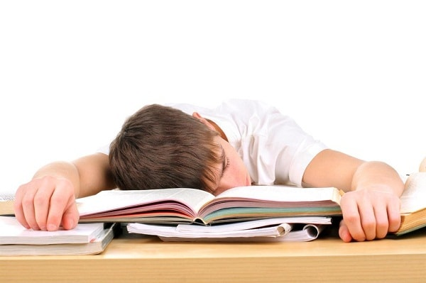 Học sinh cuối cấp thường căng thẳng, ảnh hưởng đến việc dạy của gia sư