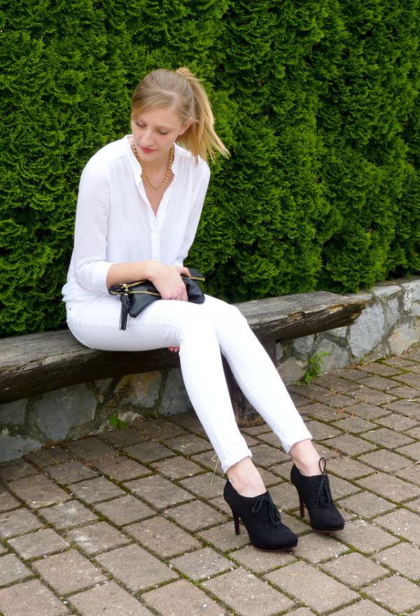 Quần jean trắng