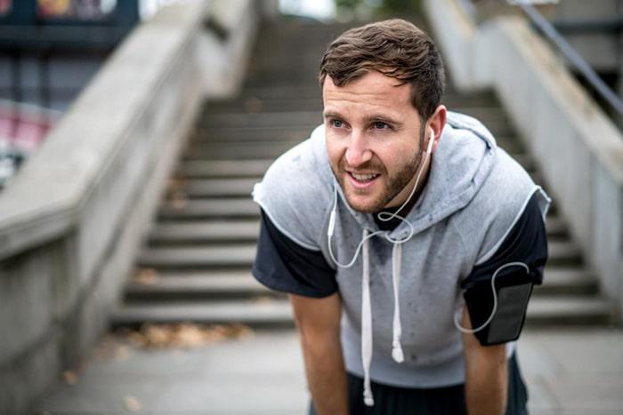 Tập thể dục là phương pháp giúp bạn không tăng cân quá nhanh sau khi cai thuốc lá