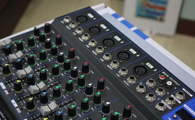 Làm thế nào để mua được mua mixer karaoke gia đình giá rẻ, chất lượng?