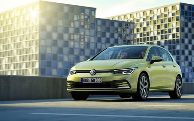 Volkswagen Golf luôn phổ biến với những lái xe trẻ tuổi.